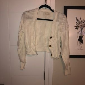 urban outfitters cream cropped sweater